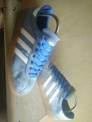 Adidas Munchen Blue Bird Size 42