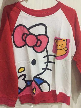 sweater hello kitty merah