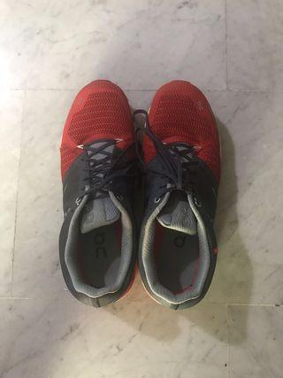 OnCloud Flyer Running Shoes (red/white)