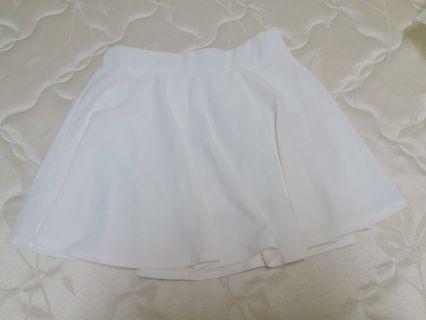 降價出清👏 白色褲裙 材質舒服 穿過一次 #半價衣服拍賣會