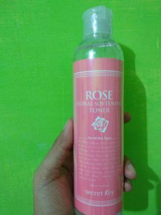 Secret Key ROSE floral softening toner