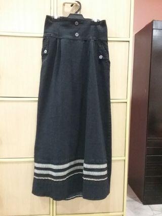 Long Jeans Skirt With Back Elastic Band