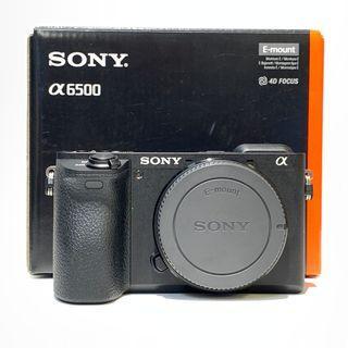Sony A6500 Body Only + Sony 64GB High Speed Card