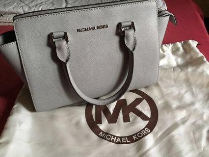 a34a196e68d1 michael kors | Bags & Wallets | Carousell Malaysia