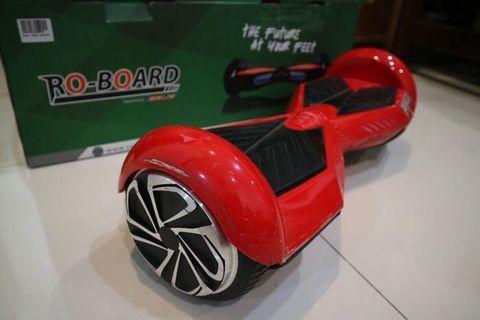 RoBoard warna Merah
