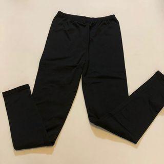 黑色內搭褲