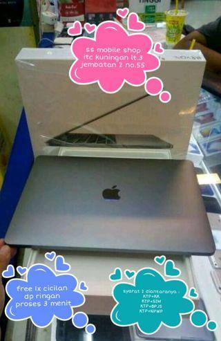 Macbook Pro 15 inci MR942