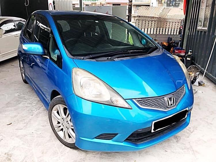2010' Honda Fit RS 1.5 棍