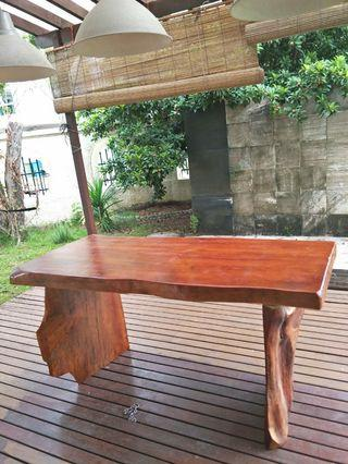 🚚 Brand new natural wood table