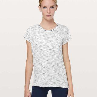 New Lululemon Another Mile Short Sleeve in Tiger Space Dye Black White Size 4