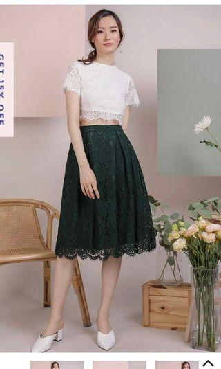The Tinsel Rack TTR Cole Lace Skirt (Forest Green)