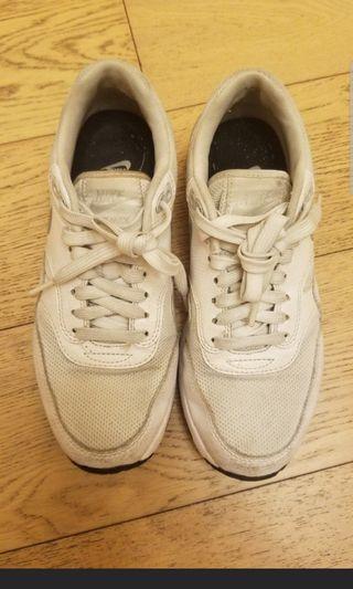 Nike 波鞋 white sneakers