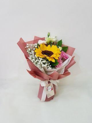 Sunflower Bouquet | Birthday flowers | graduation bouquet | fresh flowers