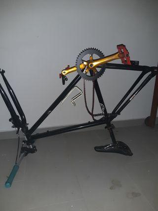 Brandless frame with airwalk parts