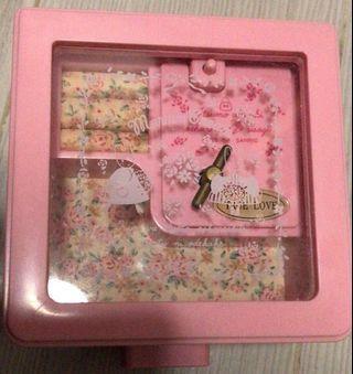 Sanrio vintage marron cream 音樂首飾盒