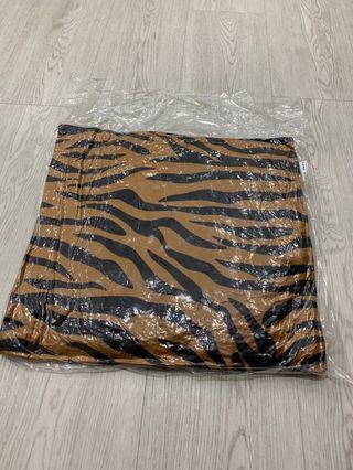 (NEW)Safari Cushion