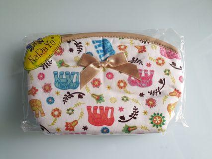 🚚 Naraya Cosmetic Pouch/bag New