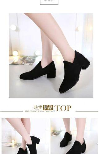 🚚 Black Suede Heels shoe