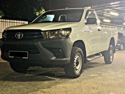 Toyota Hilux (M)