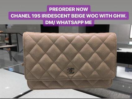 PREORDER NOW CHANEL 19S IRIDESCENT BEIGE WOC WITH GHW.