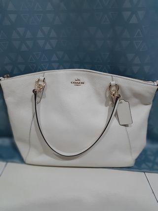 Coach Handbag (100% Genuine)