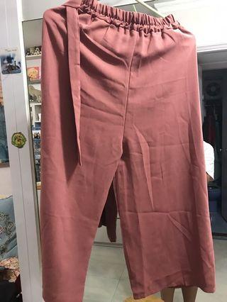 粉紅色闊腳褲