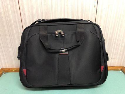 Carlton Laptop Bag 實用laptop公事包