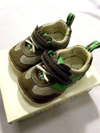 Clarks prewalker Boy Shoes (toddler)