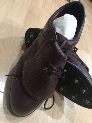 Mens golf shoes size 7