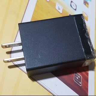 🚚 😀SONY EP-880 原廠充電頭