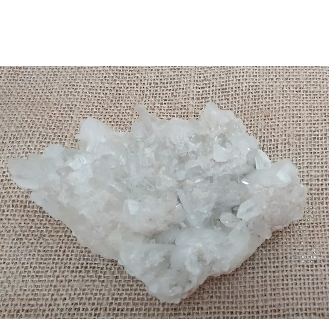 巴西白水晶簇 124mm x 94mm x 44mm