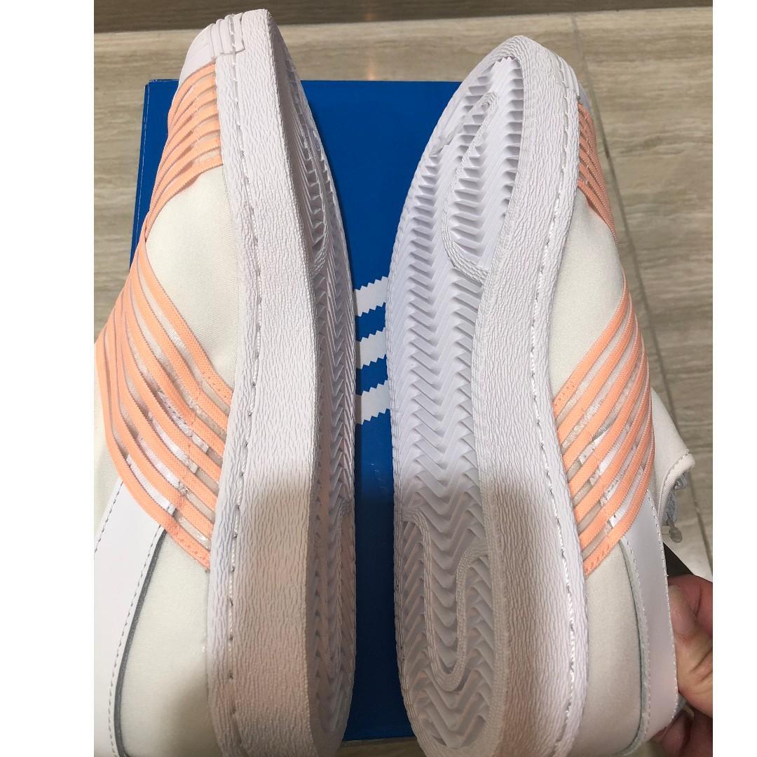 Adidas Originals Superstar  Slip On Size: US 7.5