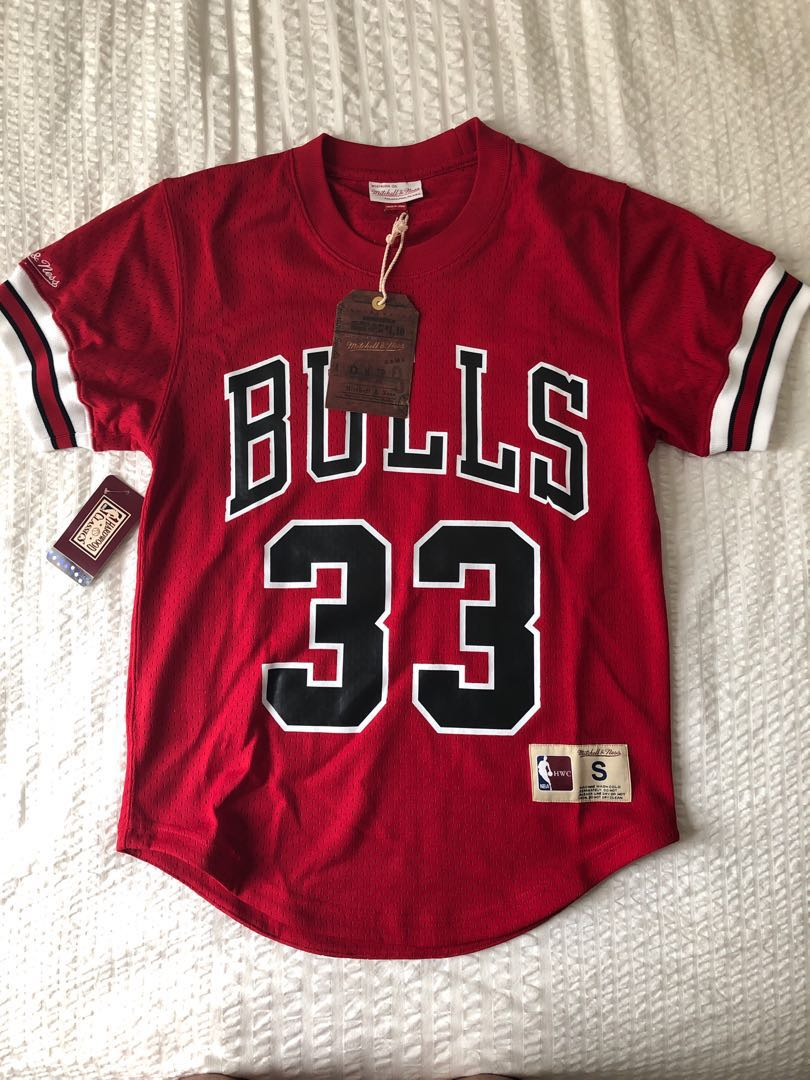 pretty nice bd8a5 3bbfd Authentic Mitchell & Ness Chicago Bulls Away Jersey Style Mesh Crew Scottie  Pippen #33