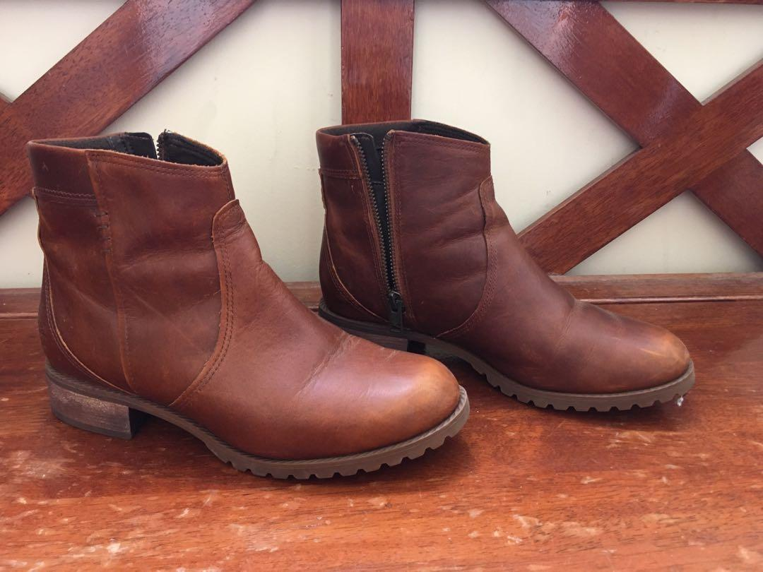 Authentic Timberland Leather Boots
