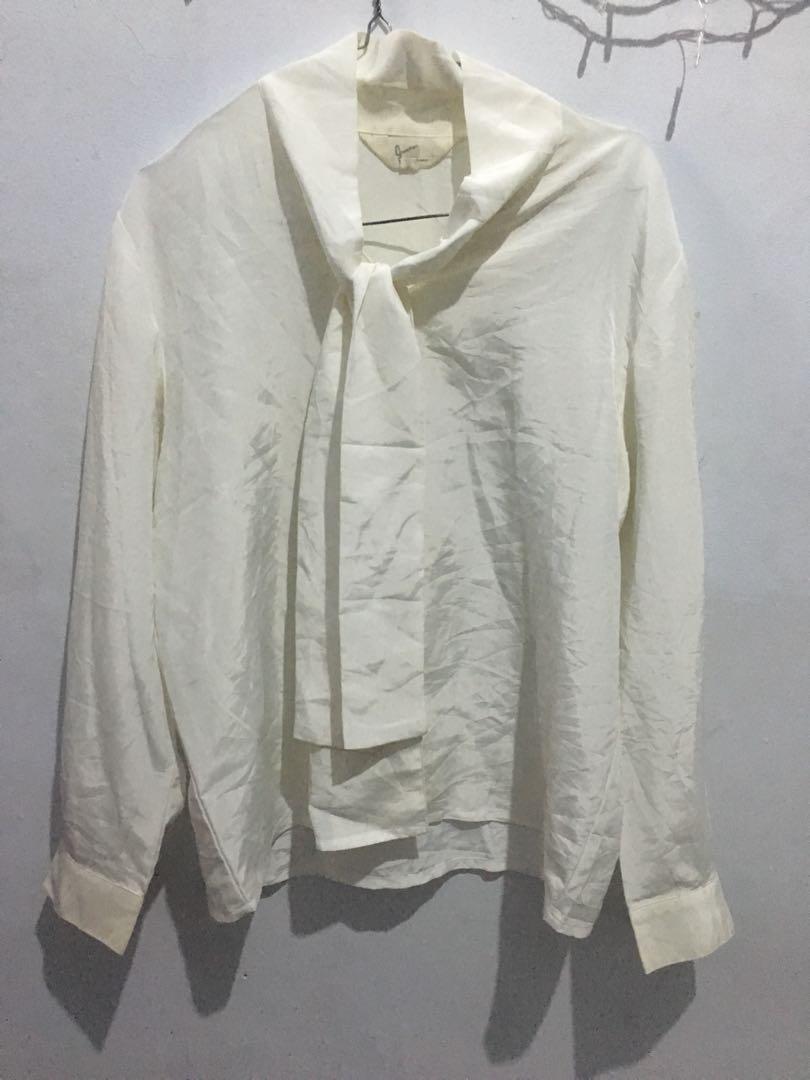 Baju second kemeja putih