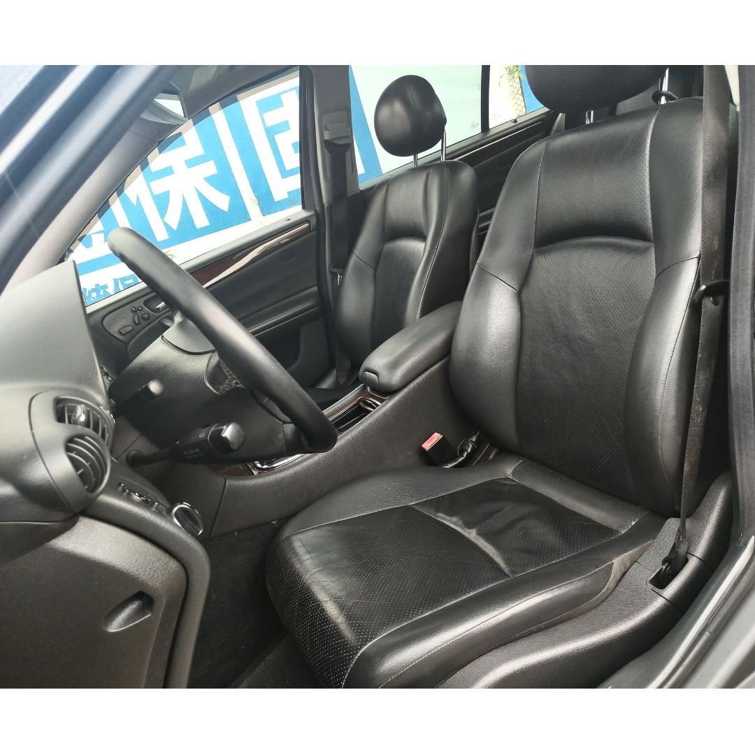 【廠牌】:Benz 【車種】:C240 【年份】:2001【顏色】:黑