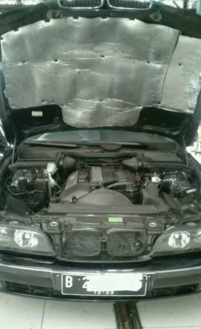 BMW 528i Matic thn 2000
