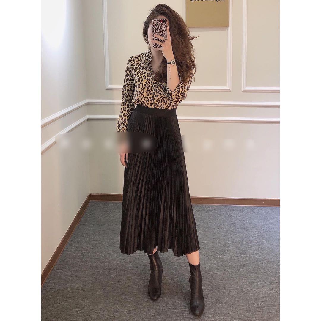 (BN) Mango Black Pleated Midi Skirt