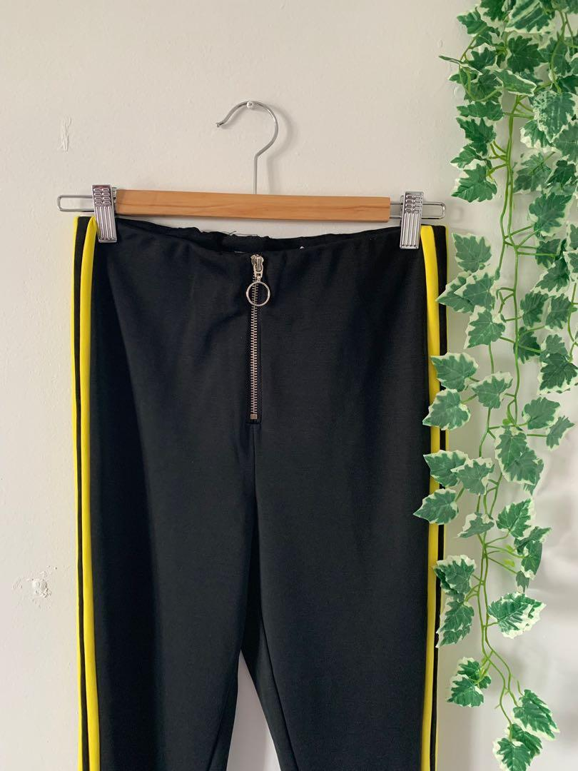 BNWT Missguided o ring front zip yellow side stripe pants