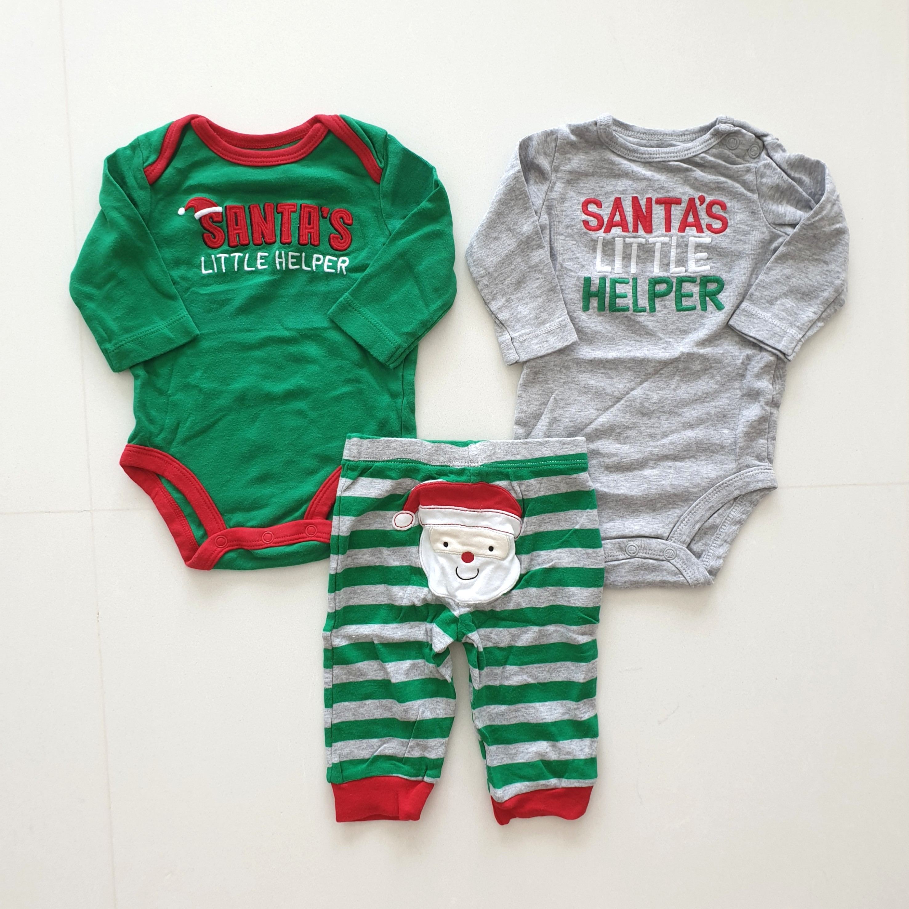 7e8a52e65376 Carter's Christmas 3-piece Outfit 3mth, Babies & Kids, Babies Apparel on  Carousell