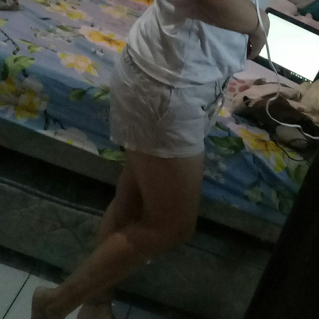 Celana Pendek puma putih