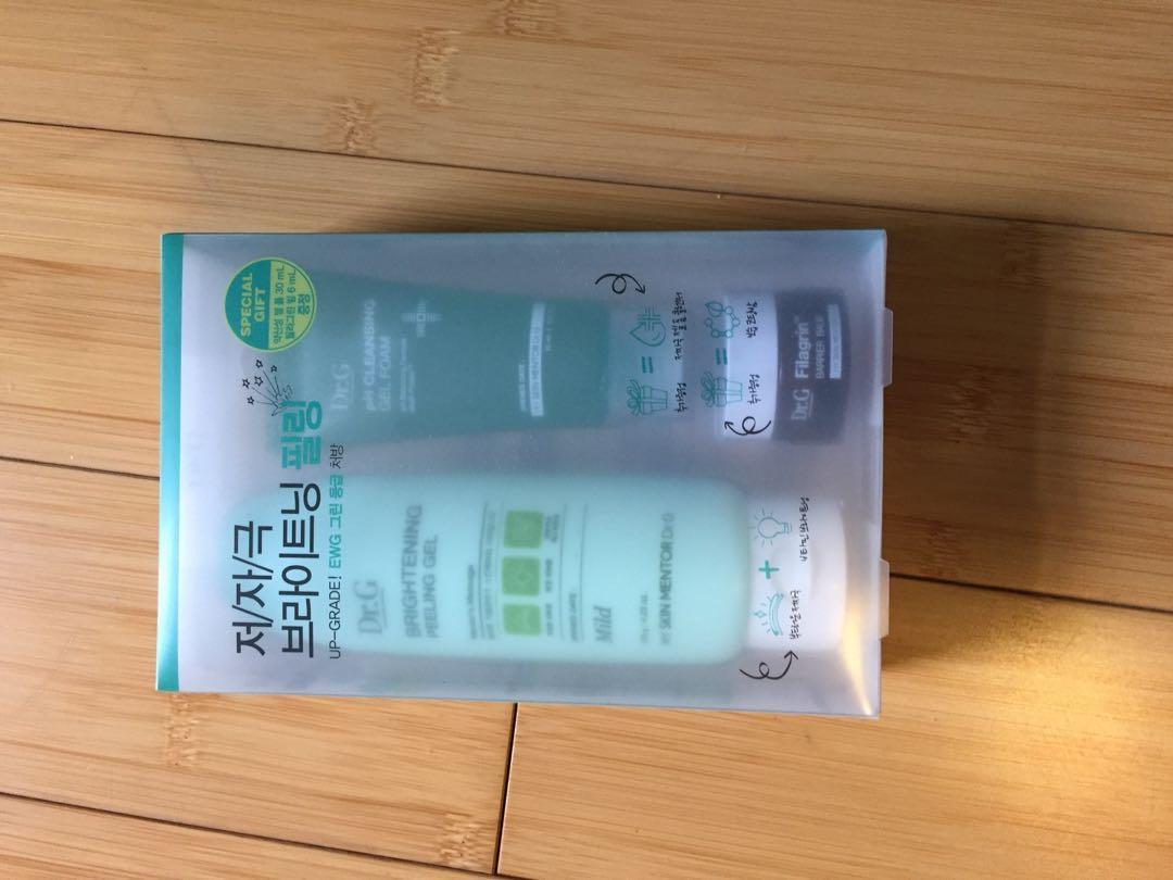 dr. G skin peeling gel + mini dr. G cleanser + mini dr. G moisture barrier cream