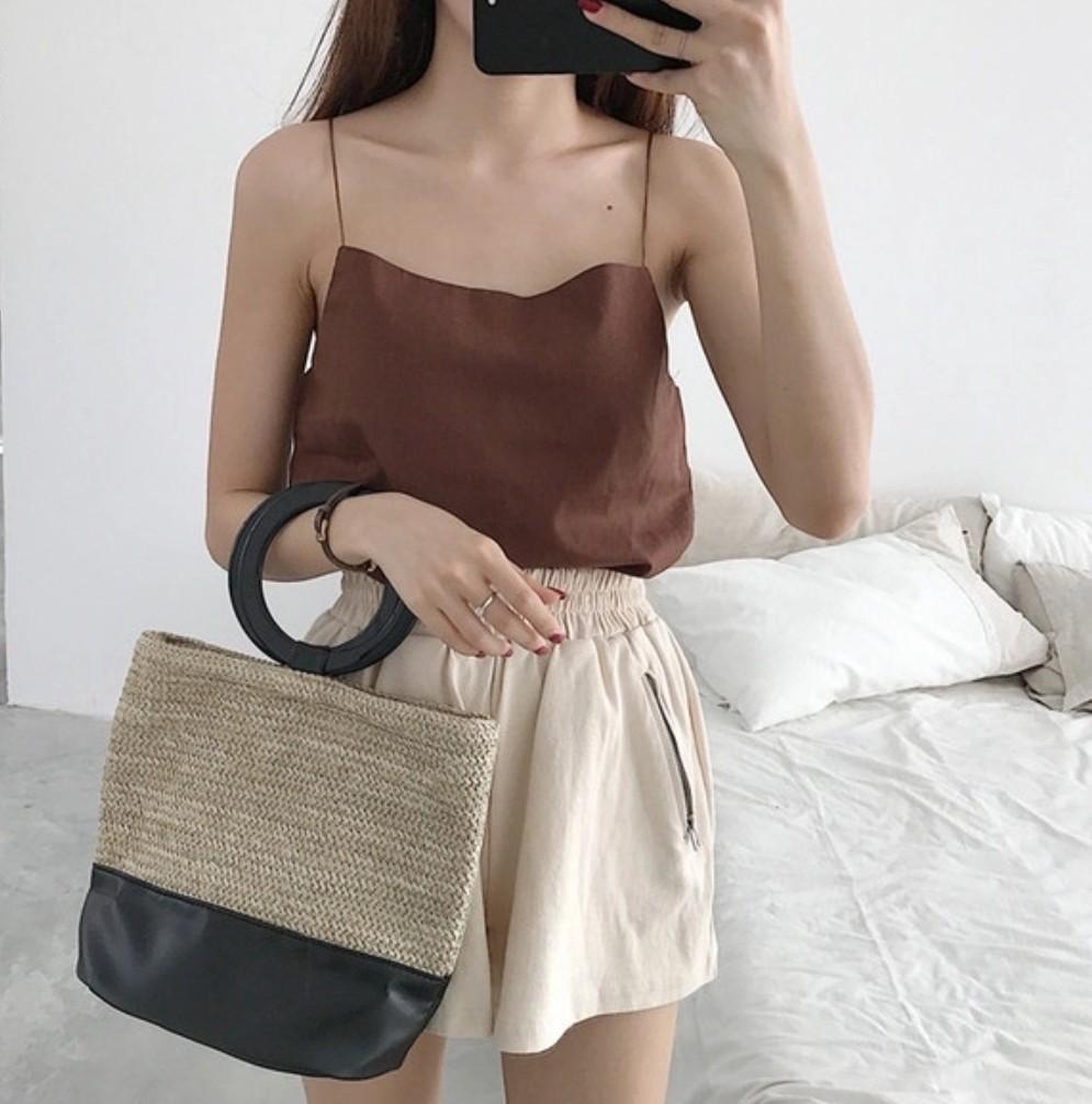 Korean new fashion ulzzang new chic retro summer autumn spring winter woven straw bucket 2019 rattan beach wooden ring bag