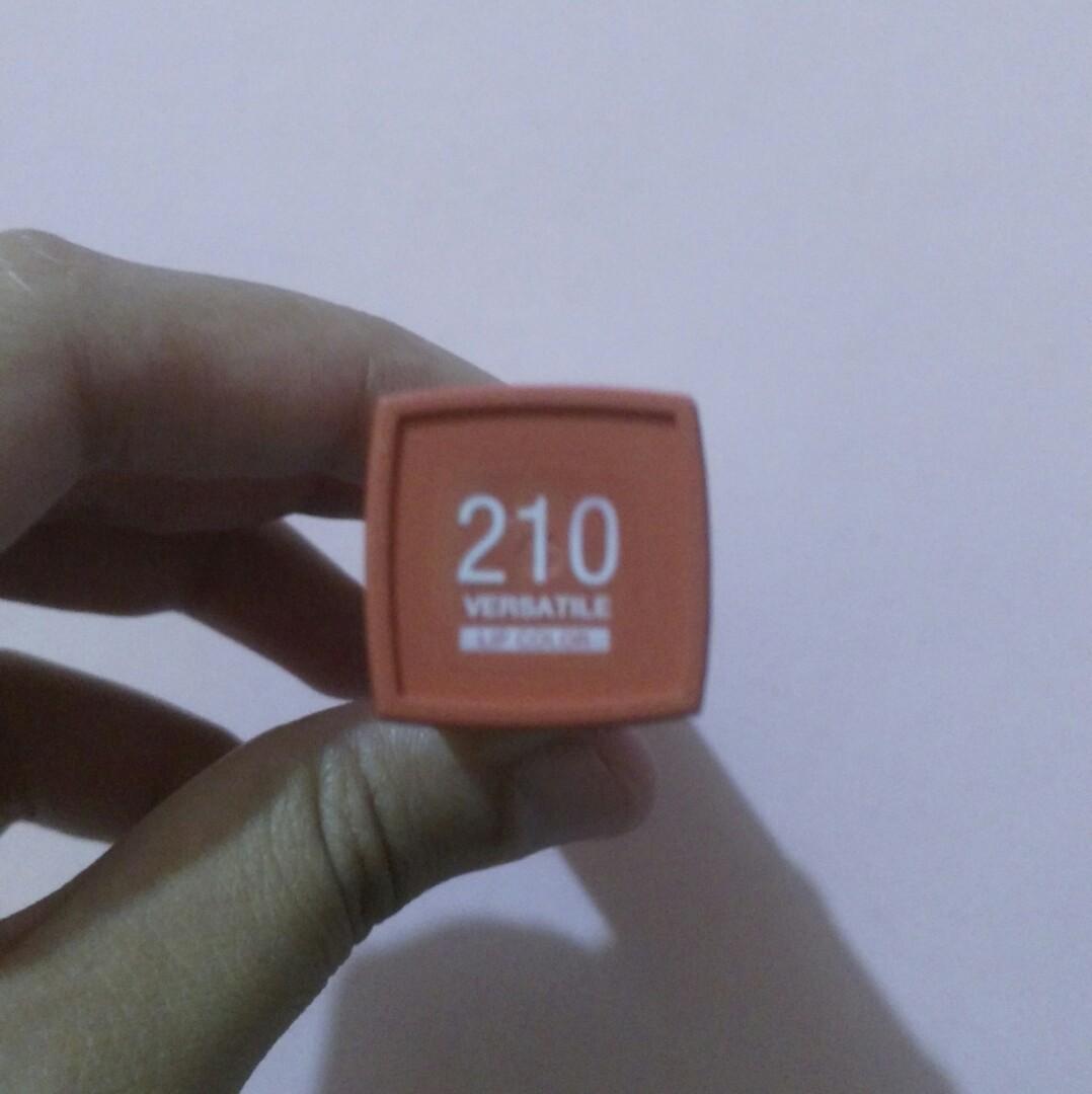 Maybelline SuperStay Matte Ink 210 Versatile
