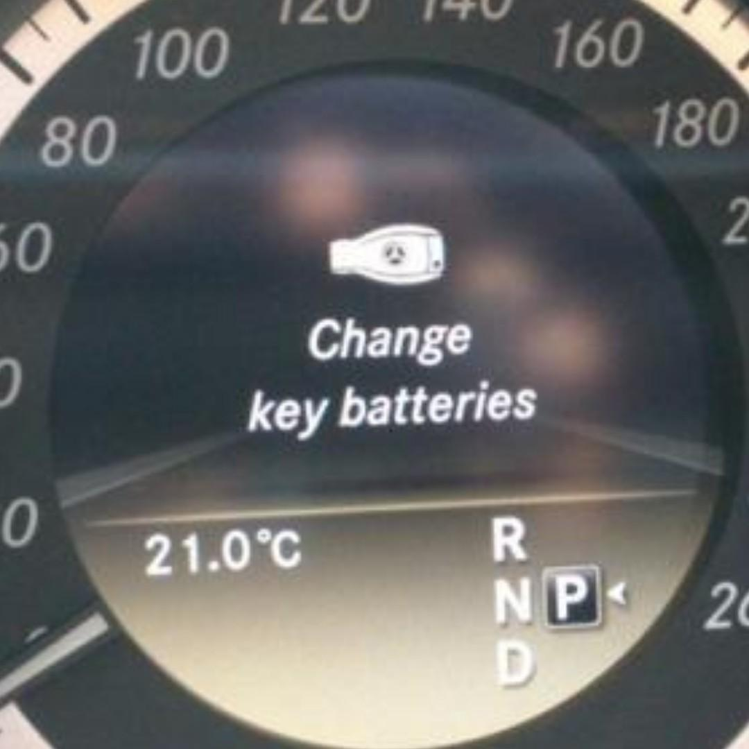 Mercedes Key Battery Change >> Mercedes Key Battery Replacement For A B C E S Class W204