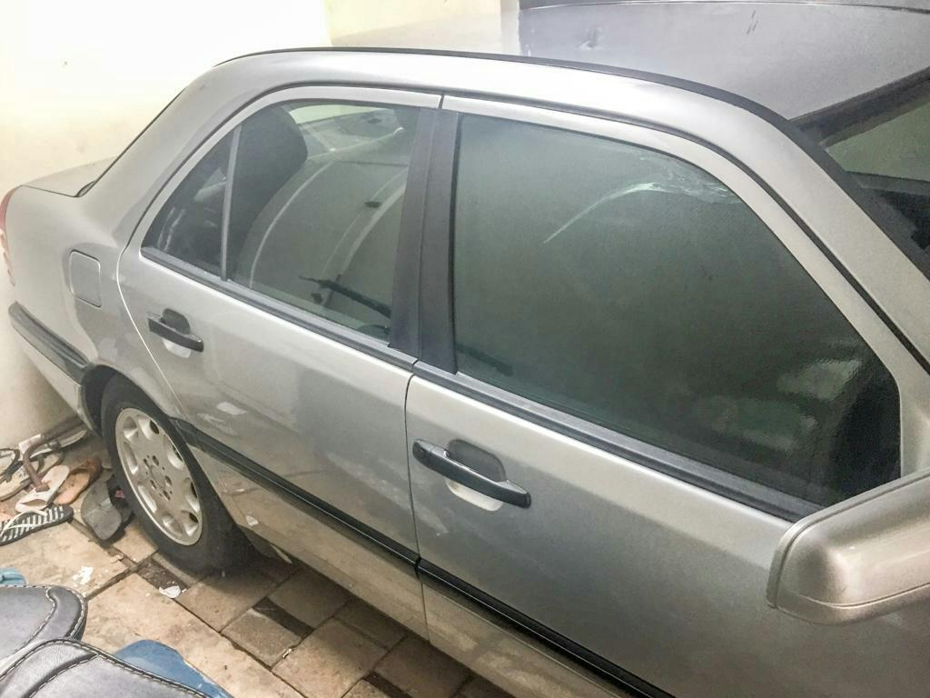 Mercedes-Benz C200 1996 matic original