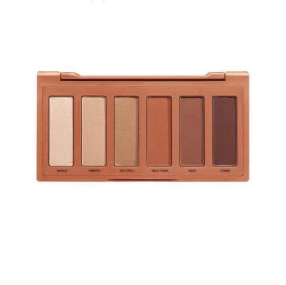 NEW - Urban Decay Naked Heat Petite Palette RRP$47