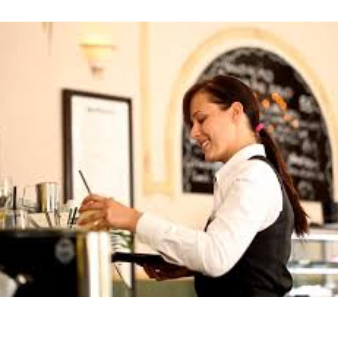 PART TIME BANQUET SERVER URGENTLY NEEDED -