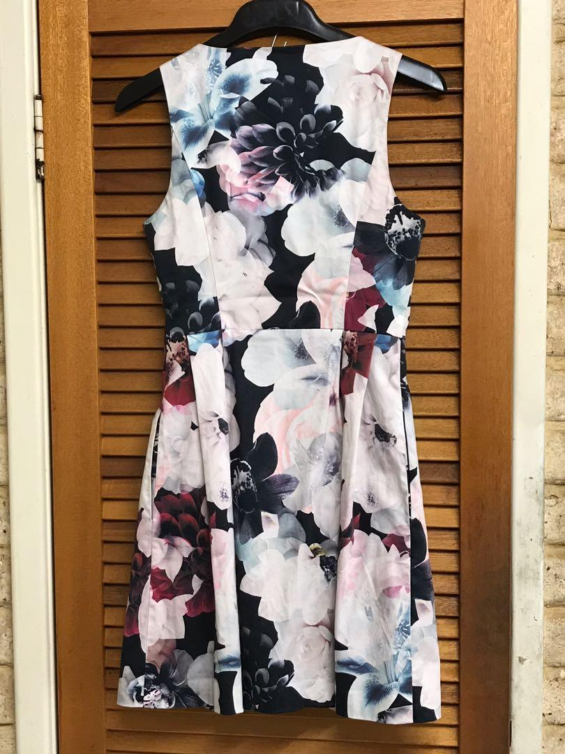 PORTMANS Floral Dress Rose Gold Front Zipper - size 8