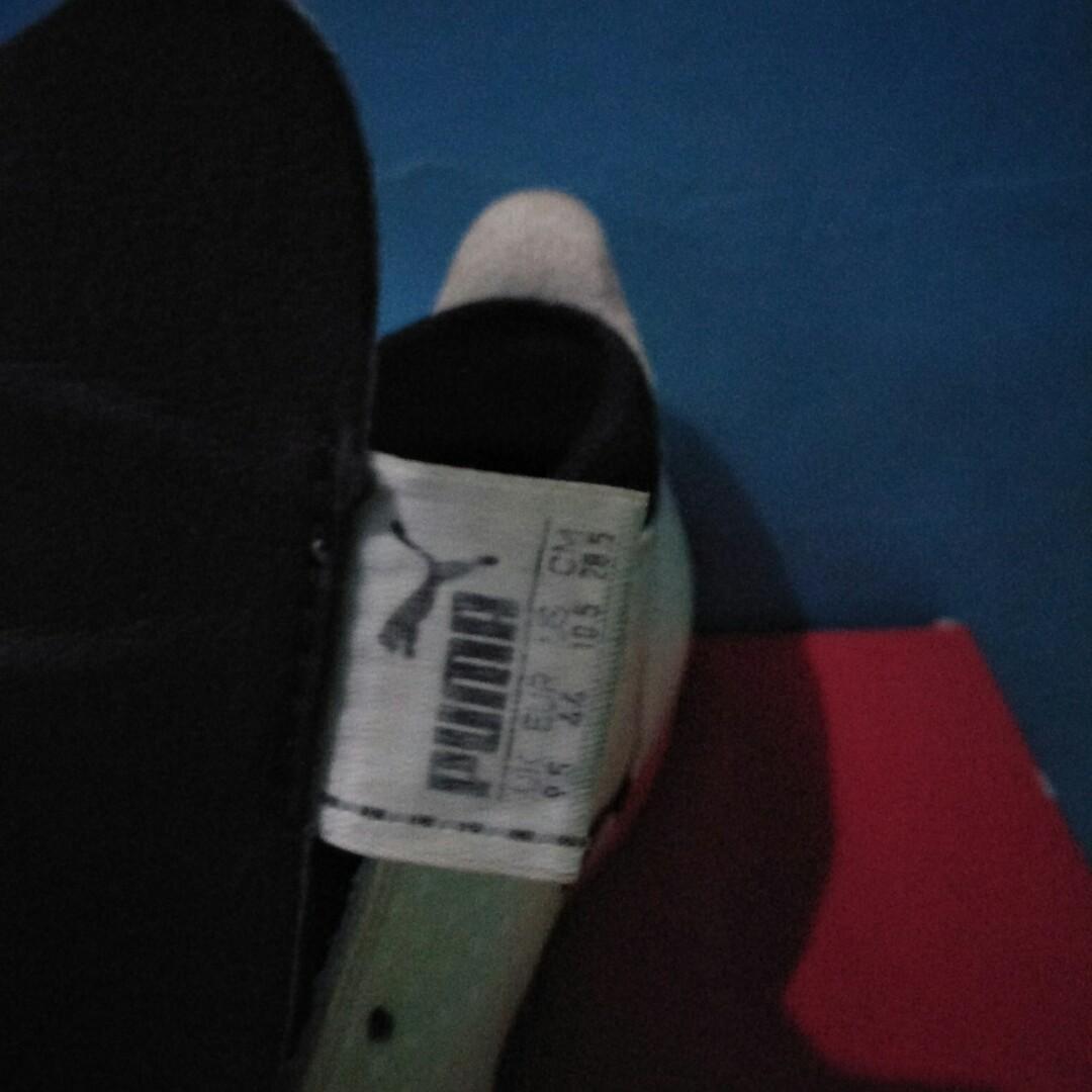 Sepatu Futsal PUMA ONE 17.4 IT